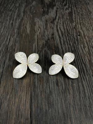 Pavé cz 3d large flower stud earrings