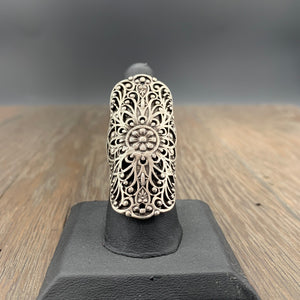 Filigree statement ring in antique silver - adjustable