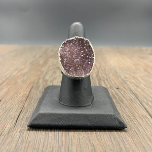 Druzy ring in silver tone - adjustable