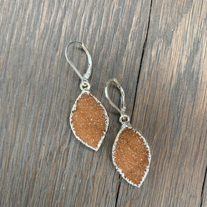 Small druzy dangle earrings - silver