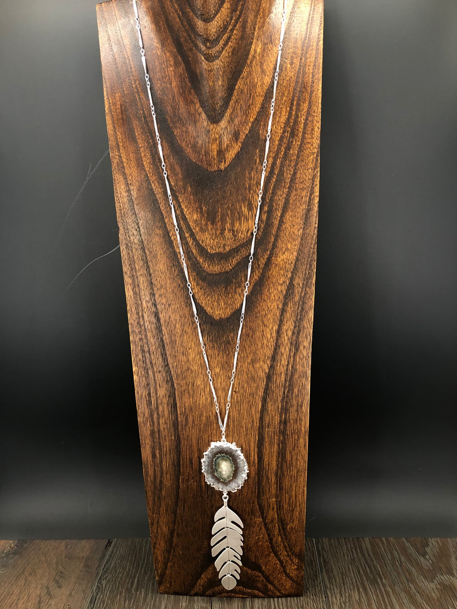 Stalactite and metal feather necklace