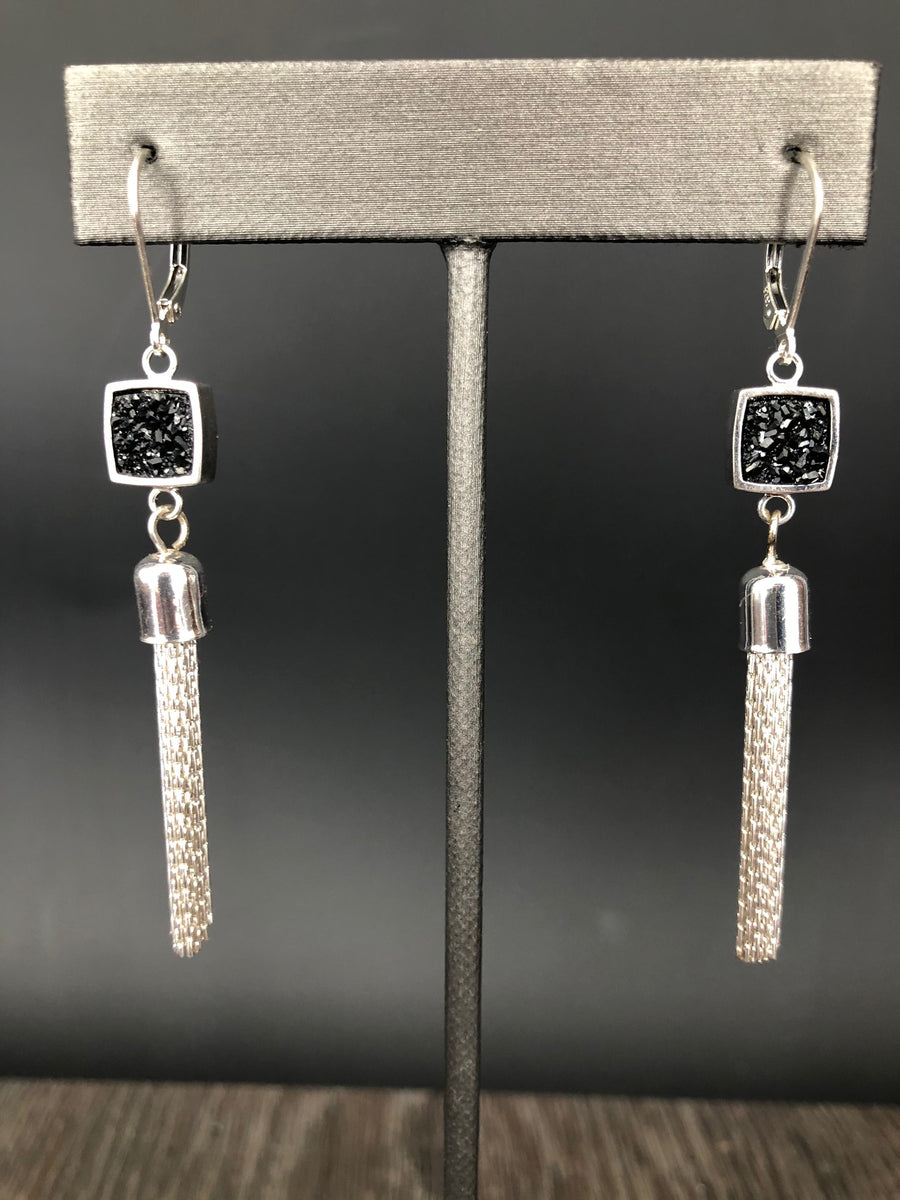 Tassel earring with black druzy accent - silver