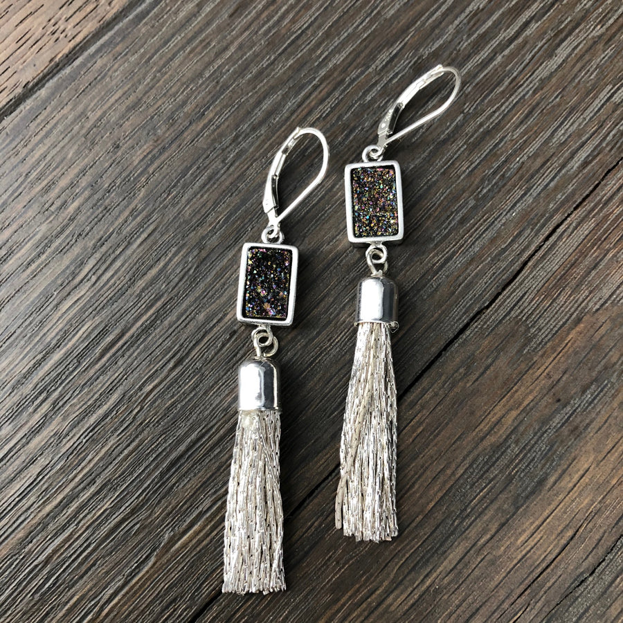Tassel earring with rainbow coated druzy - silver