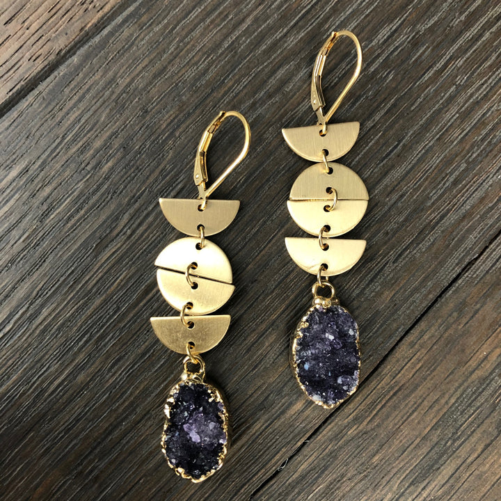 Brushed geometric shape earring with druzy drop - gold