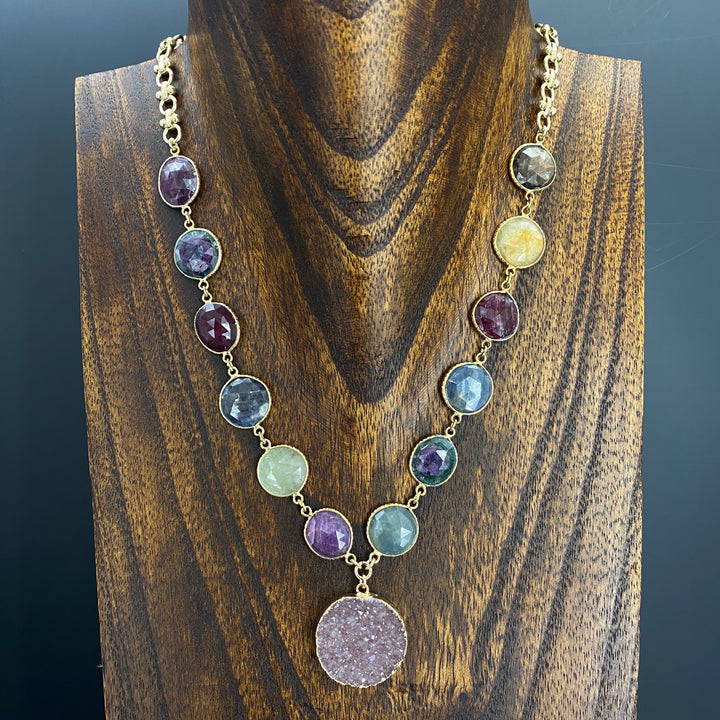 Corundum sapphire and ruby with druzy necklaces - gold