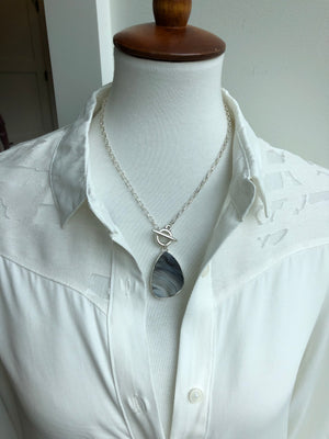 Wrap and toggle desert druzy necklace - silver