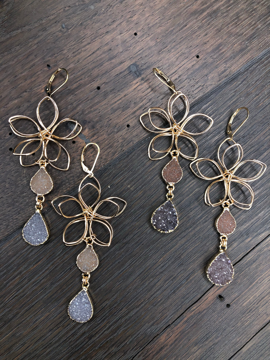 Wire flower earrings with double druzy drop