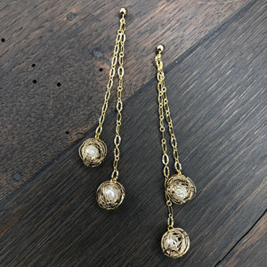Double wire swirl faux pearl ball earring