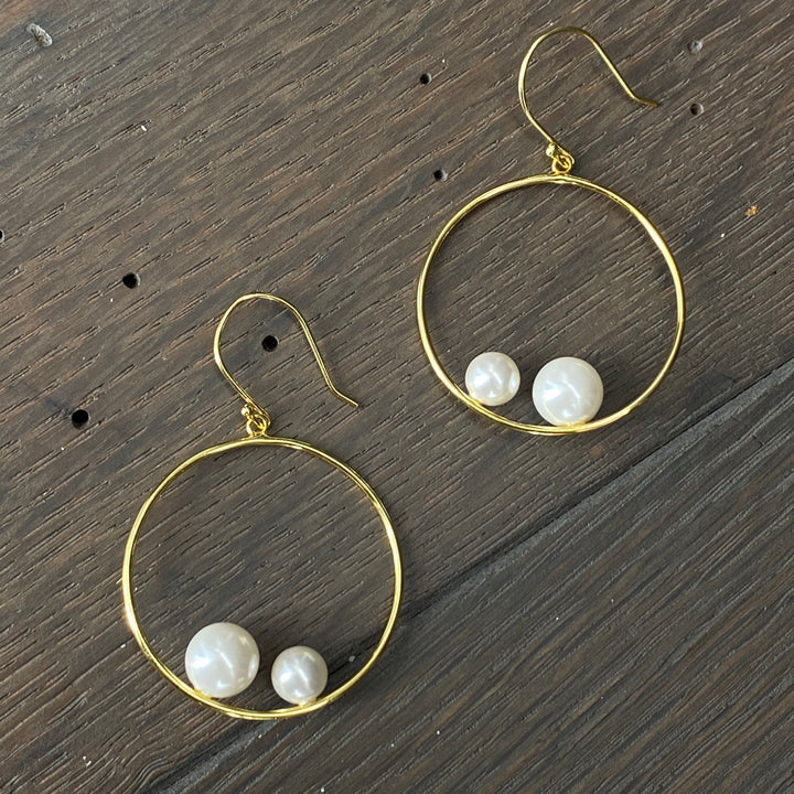 Double faux pearl balancing hoop earrings - silver and gold