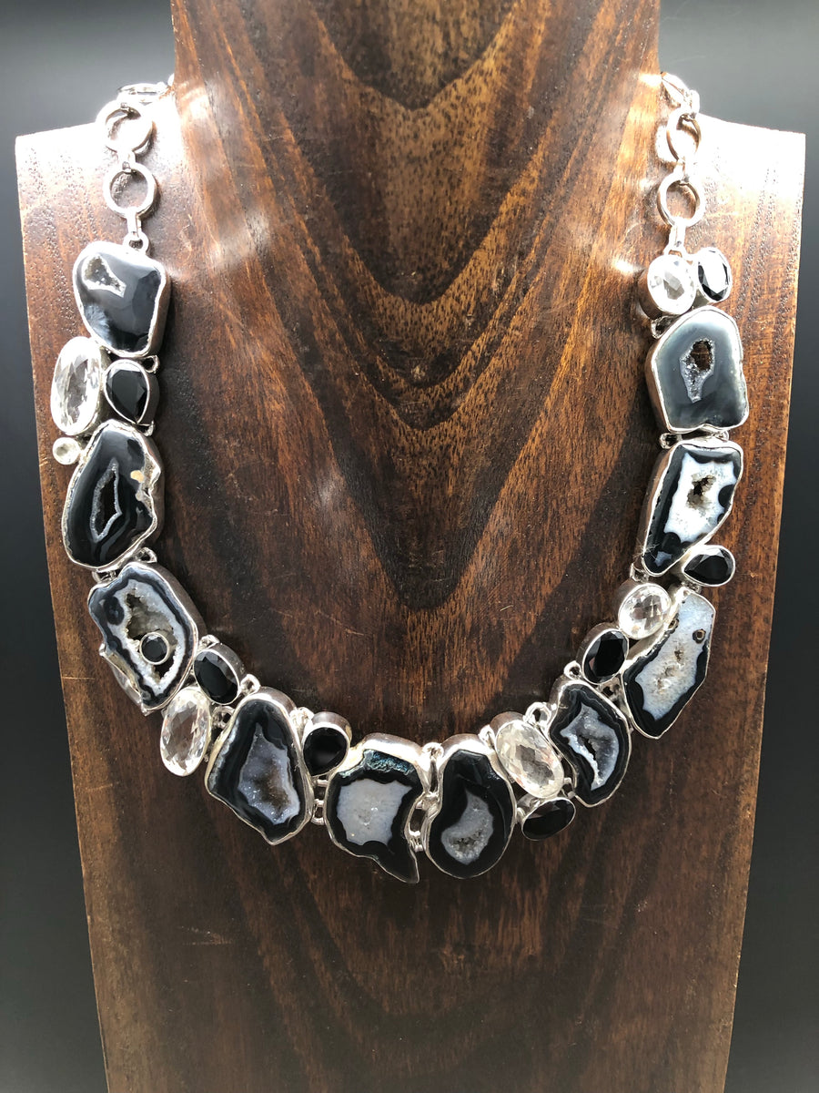 Black agate slice, black onyx, quartz mosaic necklace
