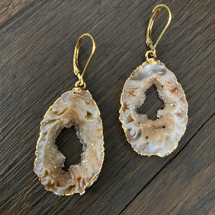 Extra quality druzy centerd oco geode slice earrings - gold