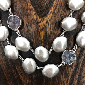 Druzy accent pebble statement necklace - silver
