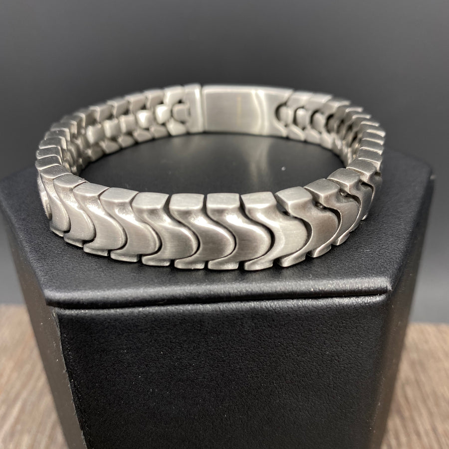 Serpentine chain bracelet - brushed silver