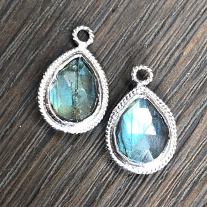 Textured trim stone thread earrings - silver