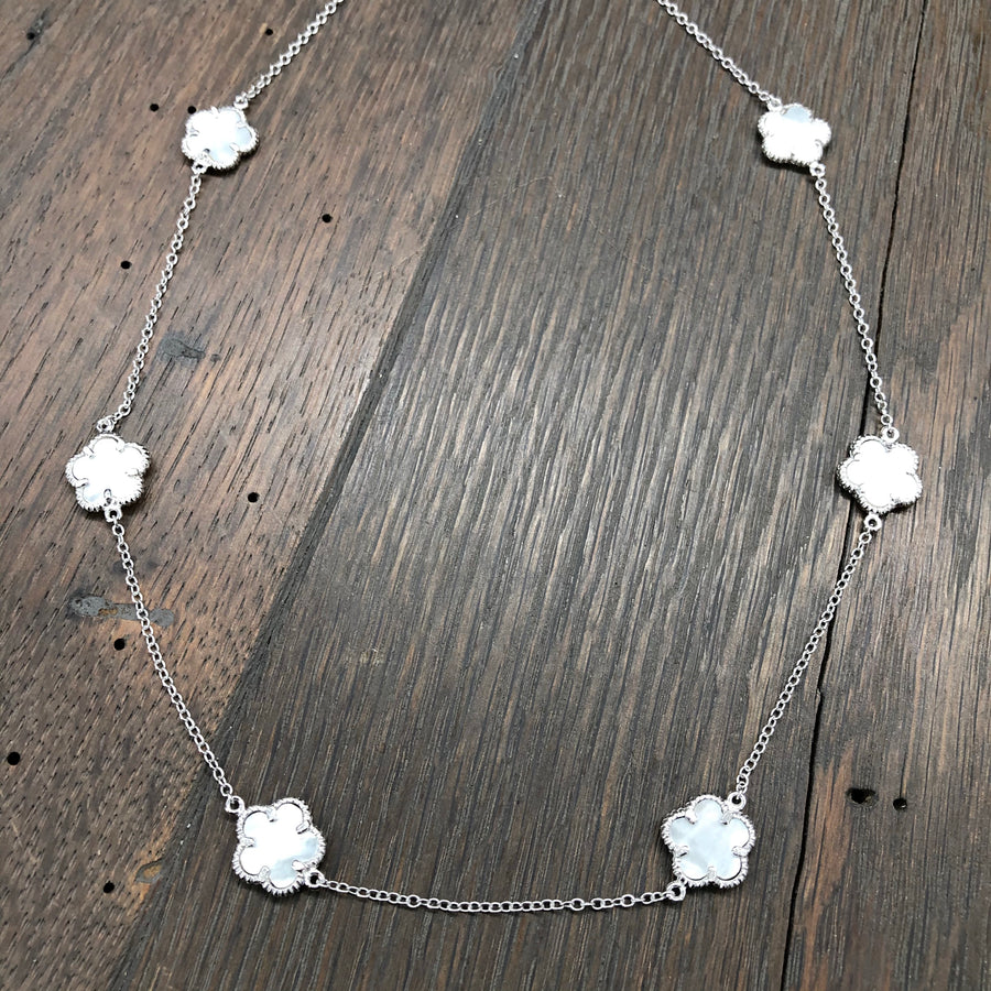 Mother-of-pearl flower layering necklace - silver
