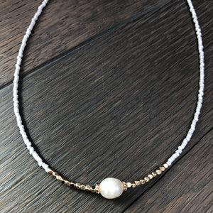 Freshwater pearl and seed bead dainty necklace