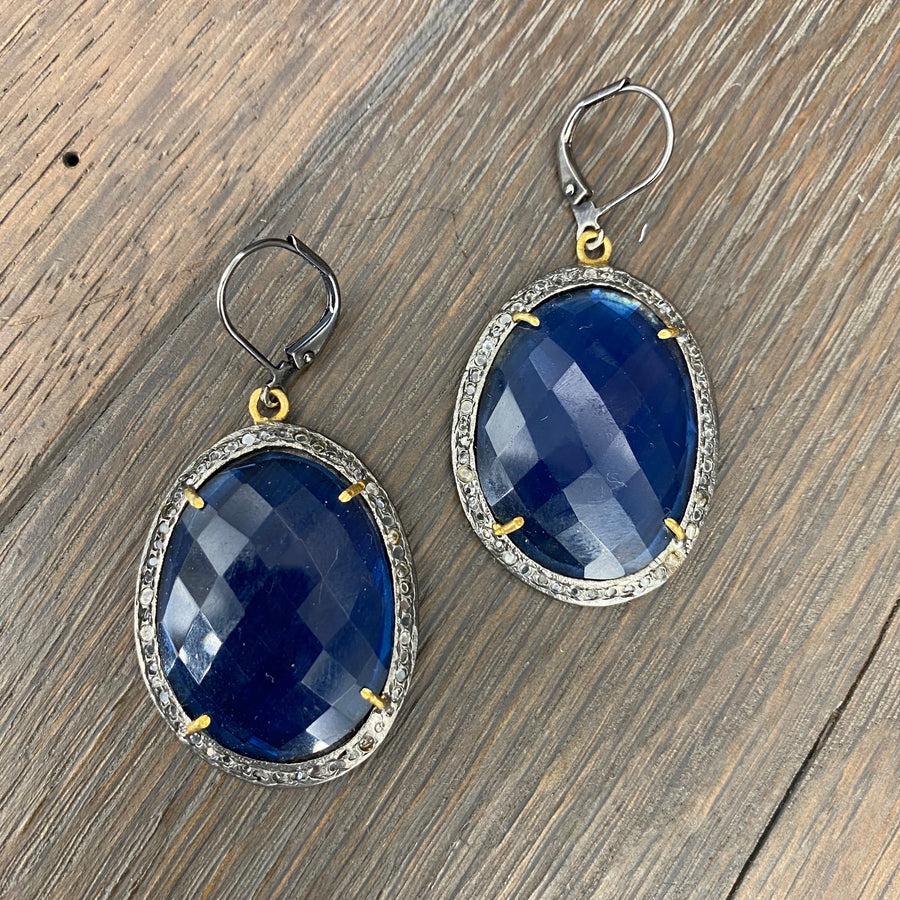 Navy blue quartz and white topaz faceted earrings - gunmetal and gold