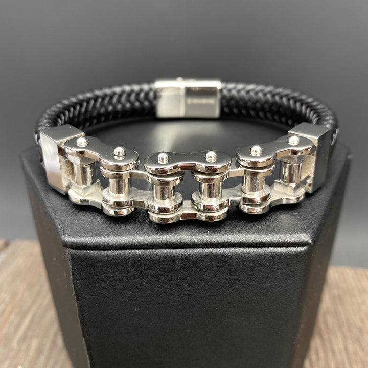 """Bicycle chain"" and vegan leather bracelet - chrome"