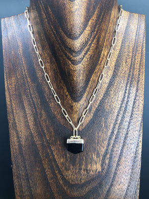 Black onyx quartz chunky pendant necklace