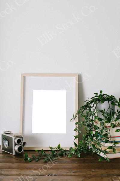 Neutral Frame Mockup 11