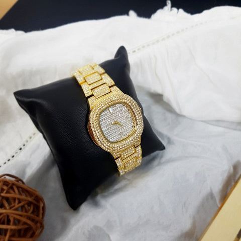 xclusaly gloria watch gold front