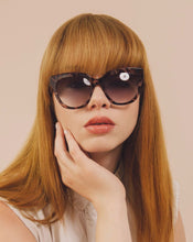 Load image into Gallery viewer, JANE CATEYE SUNGLASSES