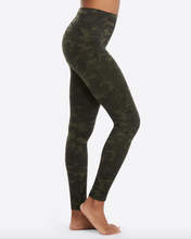 Load image into Gallery viewer, LOOK AT ME LEGGINGS BY SPANX