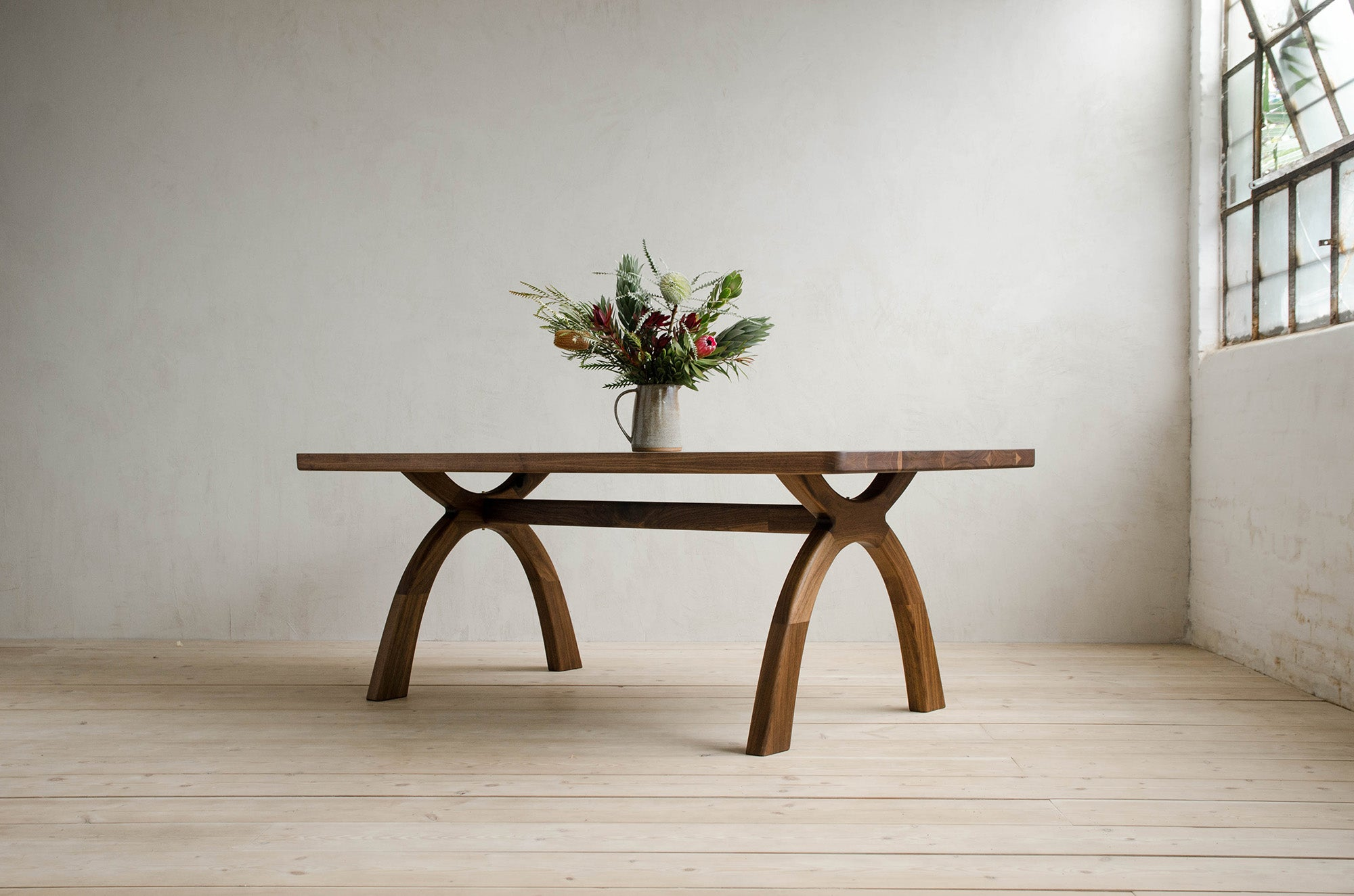 Inyo Dining Table
