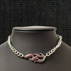 Horizontal Flame Chain Necklace