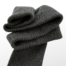 Load image into Gallery viewer, THE BLACKSANDS SCARF