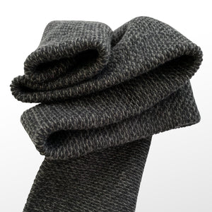 THE BLACKSANDS SCARF