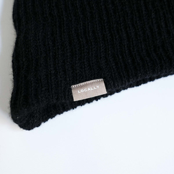 LOCALLY CASHMERE KNIT CAP BLACK