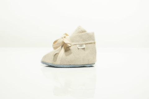 Baby slippers Oaties with tree seeds