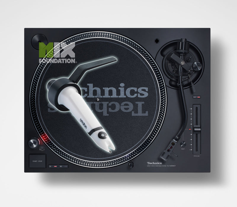 Technics SL-1210MK7 Direct Drive DJ Turntable with Ortofon Concorde Scratch Cartridge