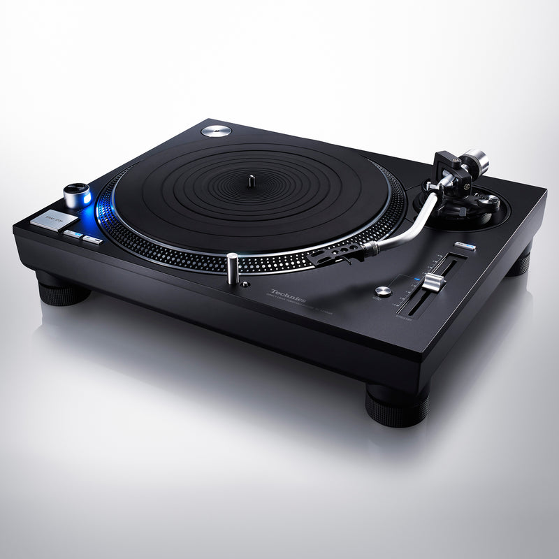 Technics SL-1210GR Grand Class Direct Drive Turntable  (optional Ortofon 2M Cartridge)