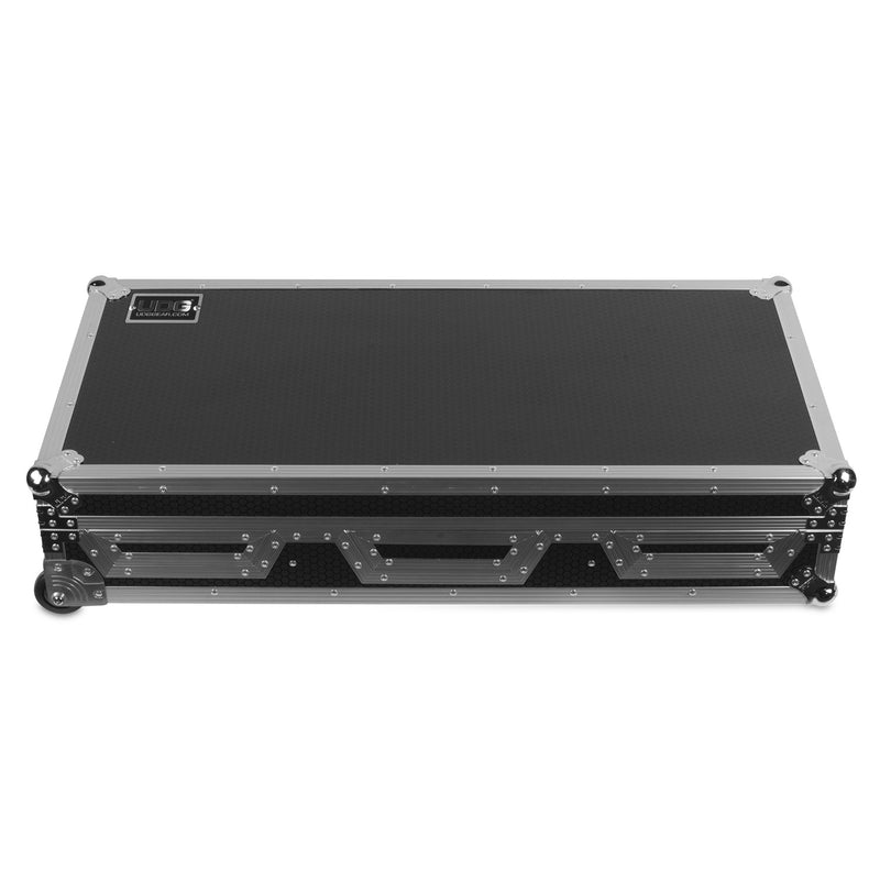 UDG Ultimate FLIGHT CASE Pioneer CDJ-2000/ 900NXS2 Silver Plus (Laptop Shelf + Wheels)