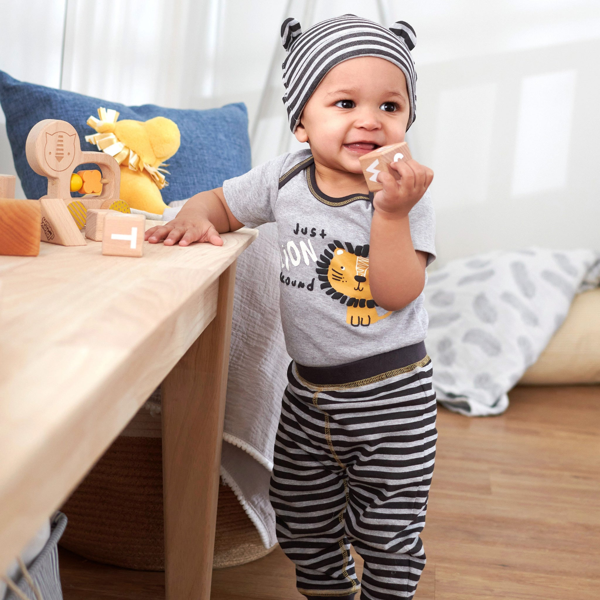 3-Piece Baby Boys Lion Bodysuit, Pants & Cap Set