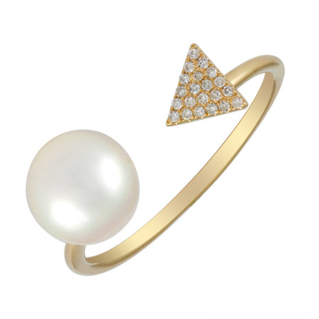 Triangle Diamond and Pearl Ring