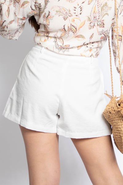 Spring Belted Pleated Shorts