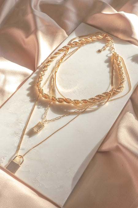 Dainty Pearl Layered Necklace
