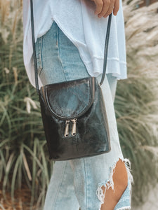 THE FERN CROSSBODY - BLACK