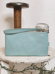 HOBO - KING WRISTLET - WHISPER BLUE