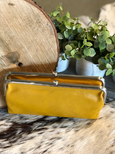 HOBO - LAUREN WALLET - AMBER