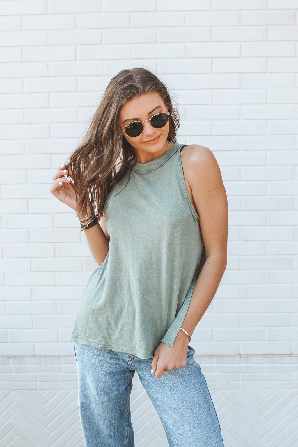 FREE PEOPLE - SOLID MAKING WAVES TANK - OLIVE