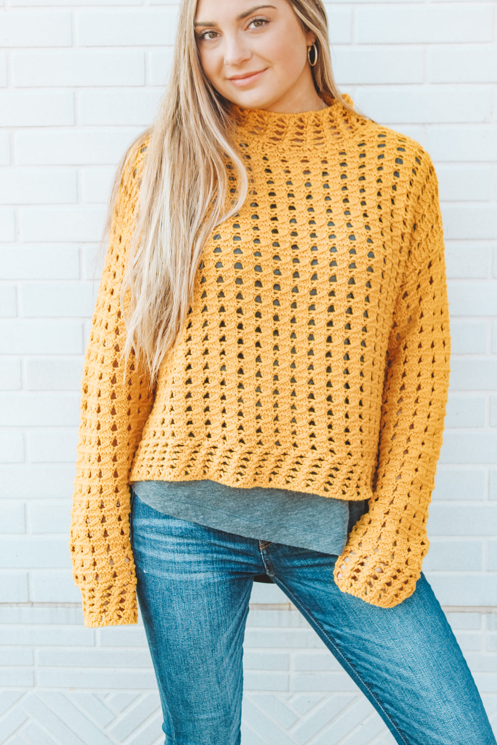 SUNSHINE ALL DAY SWEATER