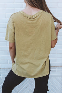 IN THE GROOVE TEE - MUSTARD