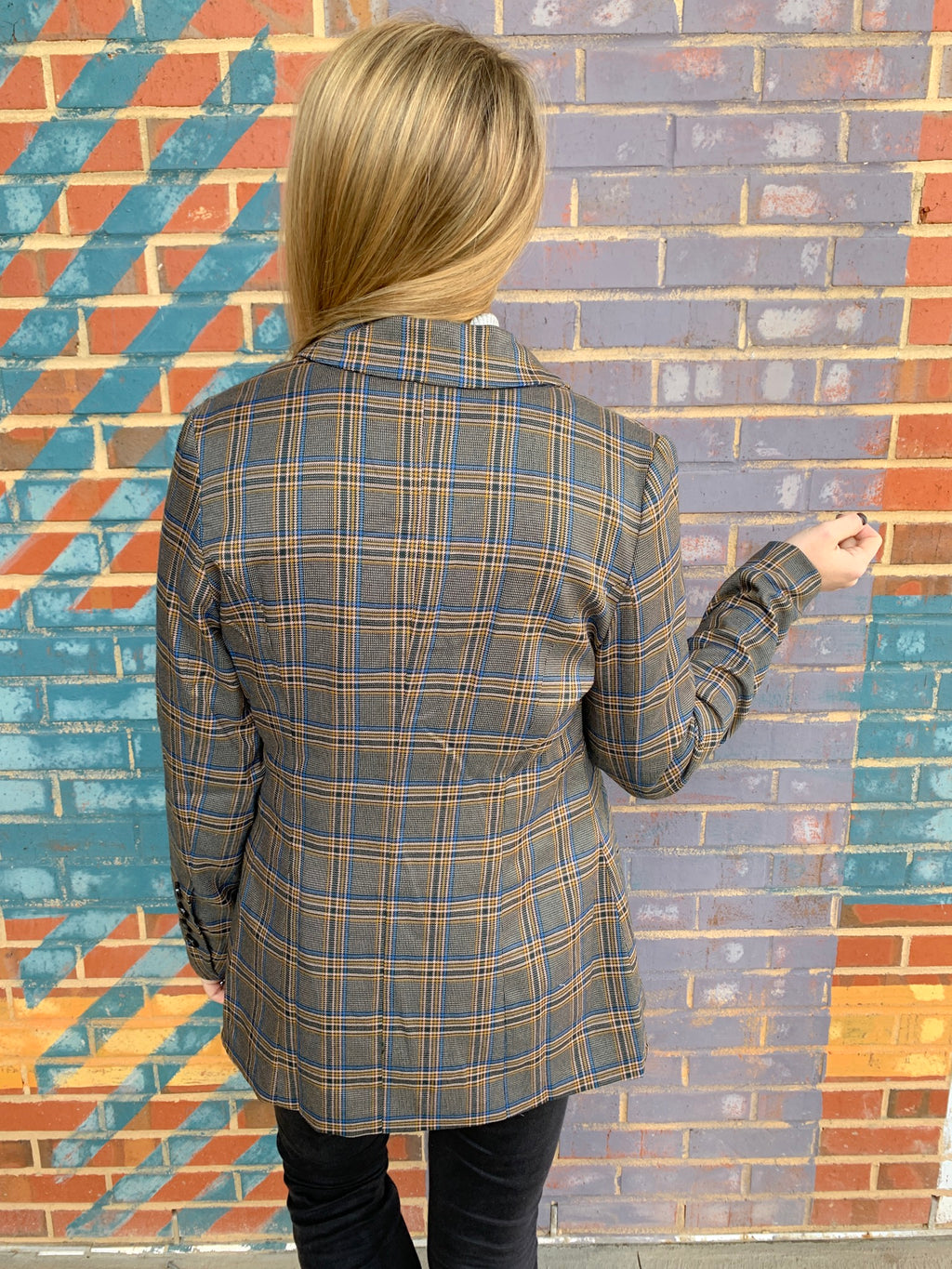 PLAID TO THE BONE BLAZER
