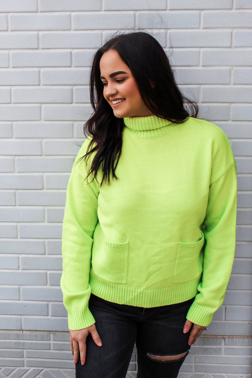 BRIGHT LIGHT POCKET SWEATER