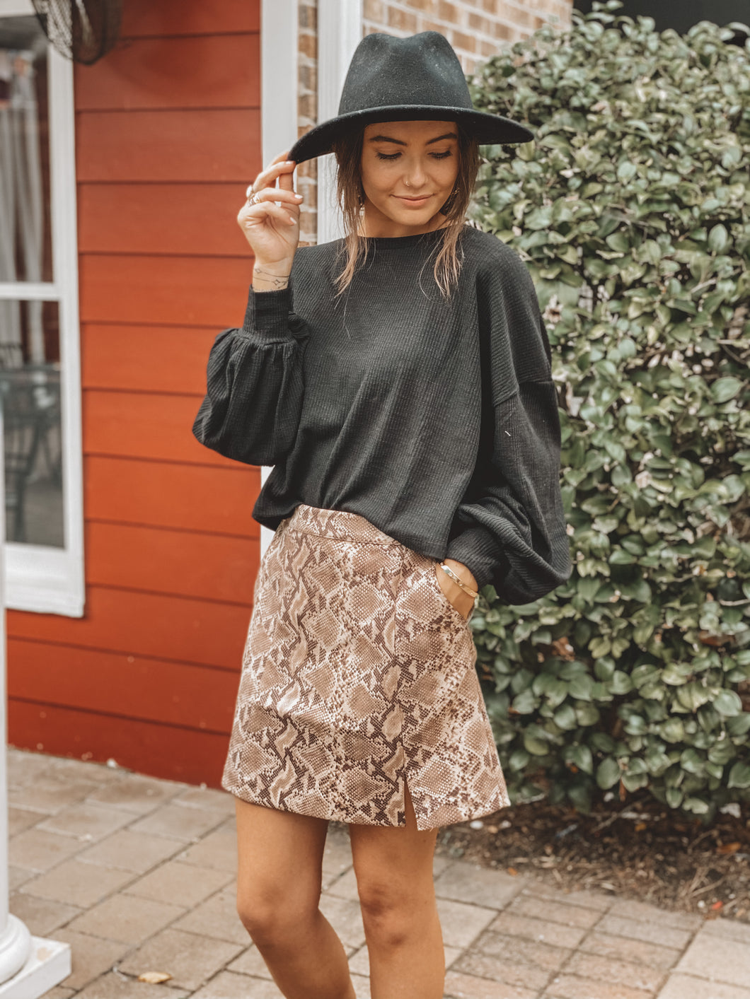 SNAKE YOURSELF AT HOME SKIRT