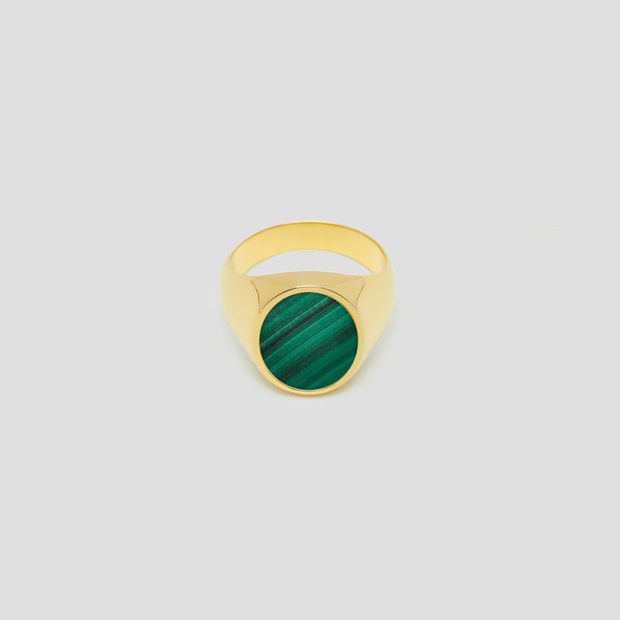 Oval in 14k Yellow Gold with Malachite